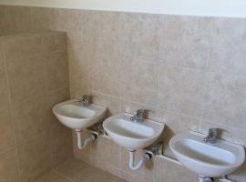 Ανακαίνιση Παιδικών WC στα Εκπαιδευτήρια Δούκα